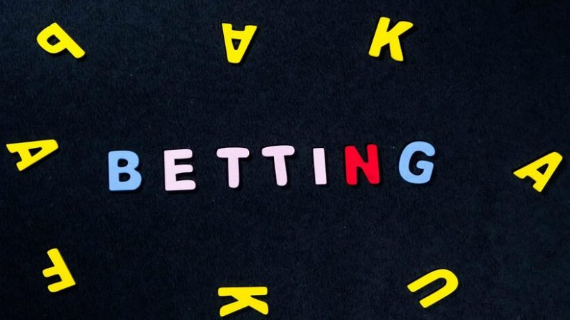 rsz_betting-57842-pixahive-1024x683-1